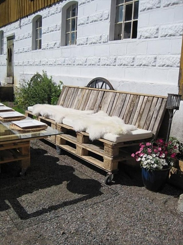 salon de jardin en palette 21 id es d couvrir. Black Bedroom Furniture Sets. Home Design Ideas