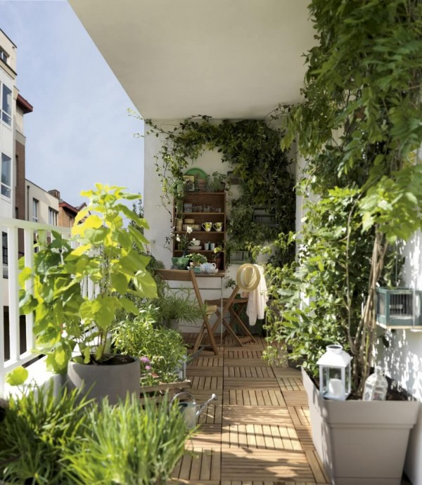 Deco am nagement terrasse 24 id es g niales copier - Decoration balcon long et etroit ...