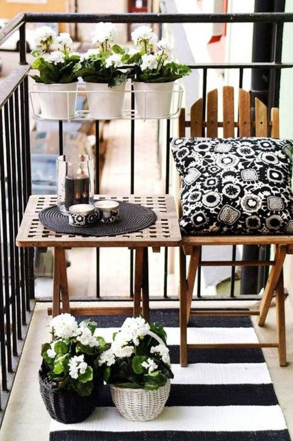 101 id es d co am nagement pour un petit balcon. Black Bedroom Furniture Sets. Home Design Ideas